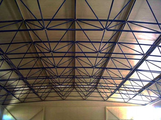 Space frame roof for indoor court in Chios