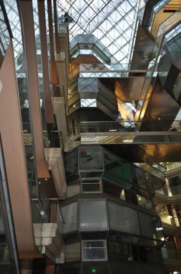 Cosmos Shopping Center Space Frame